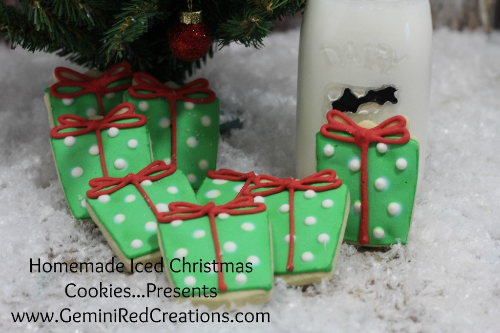 Iced Christmas Cookies - Presents (2)