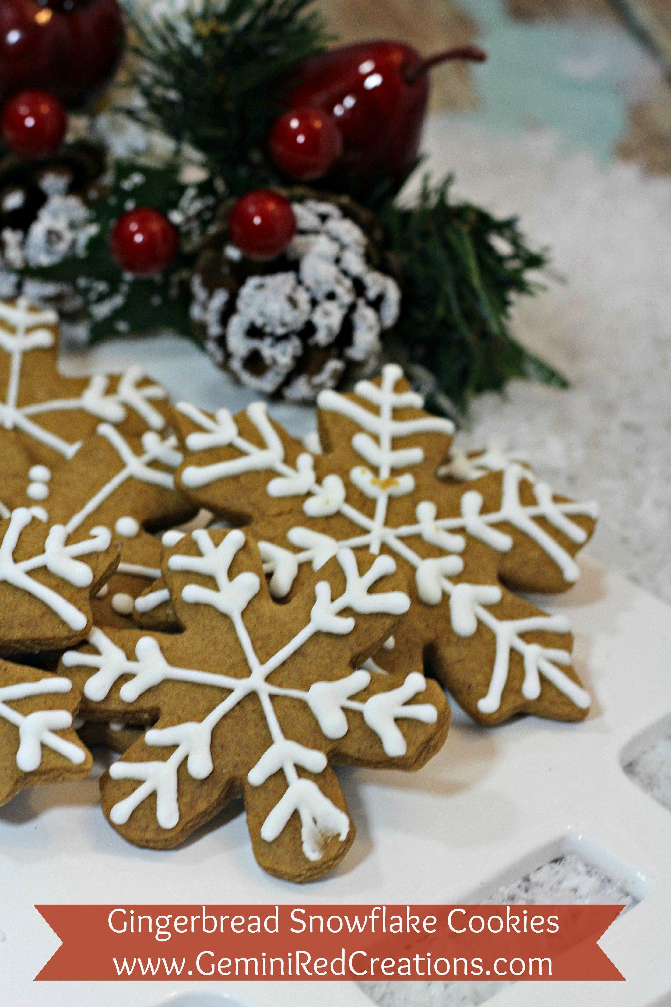 Gingerbread Snowflake Cookies {recipe}