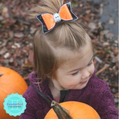 Mini Ghost Bow Hair Clip