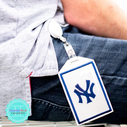 Badge Holder - Vertical