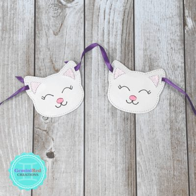 Kitty Garland Piece